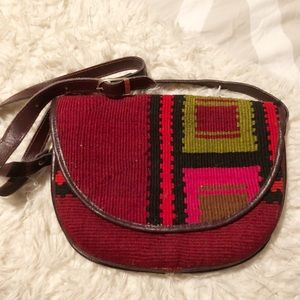 Beautiful vintage festival style bag!